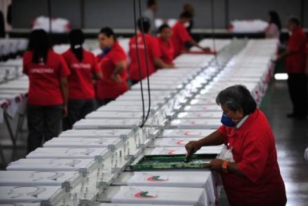 O Ministério do Desenvolvimento, Indústria e Comércio Exterior lançou este mês projeto-piloto que cria até 300 vagas para micro e pequenas empresas requererem o exame de patenteMarcelo Camargo/Agência Brasil
