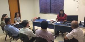 Procon de Naviraí aperta o cerco contra excesso de filas nas agências bancárias