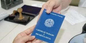 Brasil perde 104,6 mil empregos, no pior fevereiro desde 1992