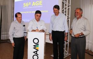 Secretário Marcio Monteiro acompanhou Jaime Verruck, representando o governador Reinaldo Azambuja no Paraná