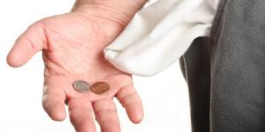 Percentual de famílias endividadas cai em março apenas meio ponto e fica a 60,3%