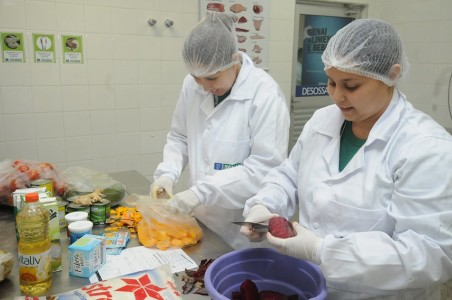 Alguns projetos já foram concluídos, utilizando o laboratório como suporte, tais como ração para jacaré; shake para idosos