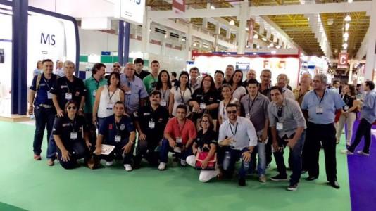 Grupo formado por 38 empresários de Campo Grande, Dourados, Sidrolândia, Coxim, Nova Andradina, Aquidauana, Jardim e Caarapó conheceu as últimas novidades da indústria gráfica durante a ExpoPrint Digital, realizada de 6 a 9 de abril no Pavilhão Branco do Expo Center Norte, em São Paulo