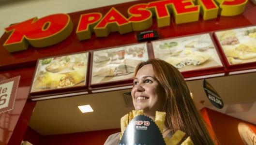 Cristina Fischer, gerente de expansão: número de interessados em abrir franquia no exterior disparou. Marcelo Andrade/Gazeta do Povo