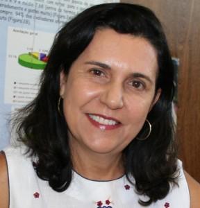 Valeria-Aparecida-Vieira-Queiroz_Embrapa-Milho-e-Sorgo2-615x640