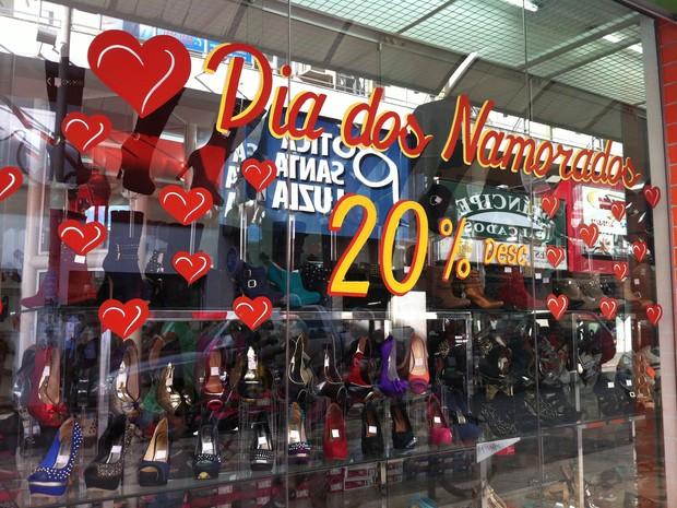 Desemprego e retração da economia devem impulsionar a queda nas vendas (Foto: Divulgação)