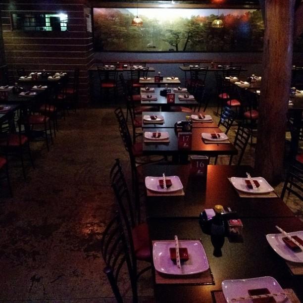"""Restaurante foi mencionado pela famosa produtora de filmes Mariza Leão, no programa """"Porta Afora"""" (veiculado no YouTube), como o melhor restaurante de comida japonesa do Brasil (Foto:Divulgação)"""