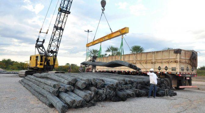Embarque-da-Arcellor-Mittal-em-Porto-Murtinho-5-672x372
