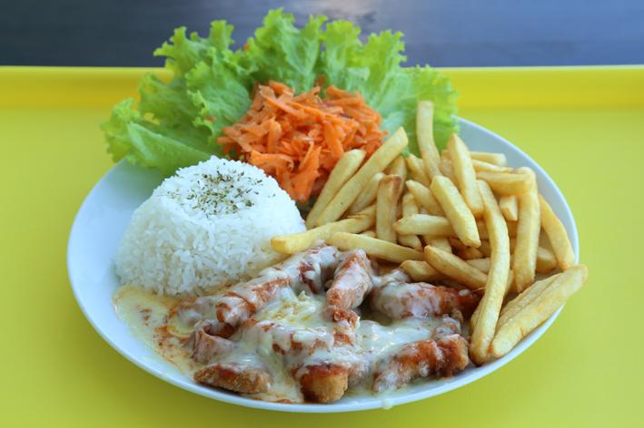 festival-parmegiana de peixe-jet chicken-reduz