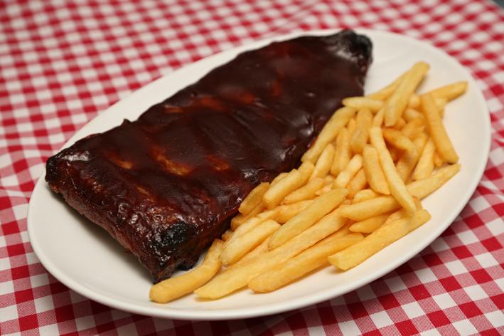 ribs on the barbicue -kebab cafe-reduzido