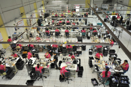 Apenas as grandes empresas geraram 51.310 empregos no ano passado em Dourados - foto: Arquivo
