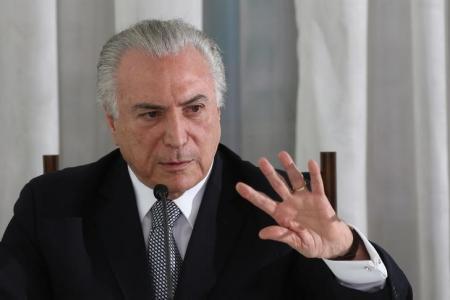 Presidente Michel Temer durante entrevista coletiva no Palácio da Alvorada, em Brasília 22/12/2016 REUTERS/Adriano Machado