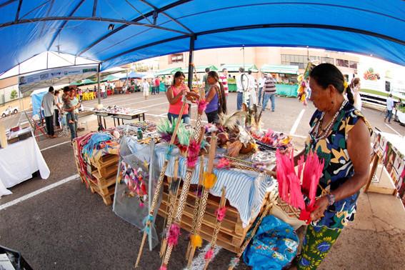 Artesanato indígena também estará presente na Feira, no Parque dos Ipês. (Foto: Arquivo).