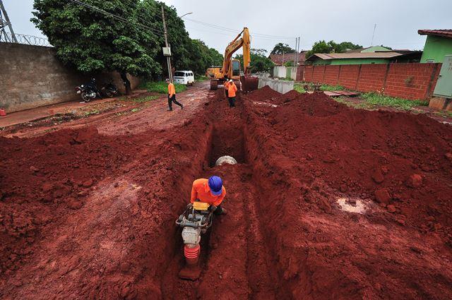 Plano de saneamento contempla, entre outras ações, serviços de drenagem urbana. (Foto: Divulgação).