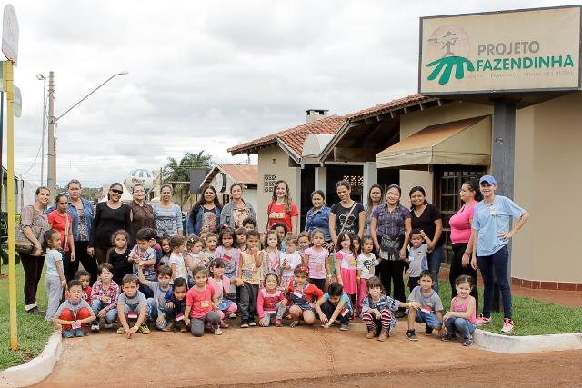As visitas são acompanhadas por acadêmicos de Turismo da UEMS. (Foto: Divulgação).