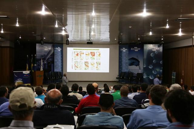 Evento na Biosul sobre o cultivo da cana. (Foto: _Christiane Comas).