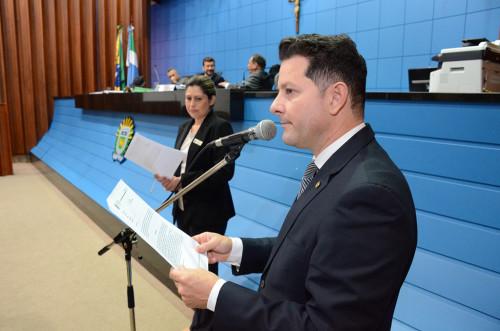 Deputado Renato Câmara propôs nesta quinta-feira a criação de uma homenagem aos pioneiros. (Fotos: Toninho Souza).