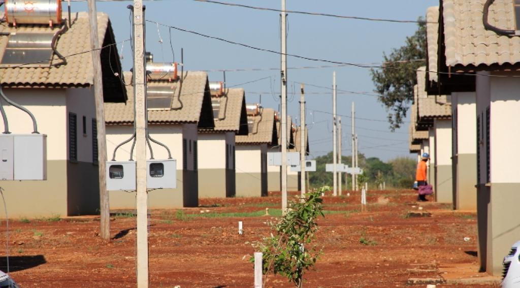 Caixa Econômica Federal vai repassar mais R$ 10 milhões ao governo do Estado de Mato Grosso do Sul para a construção de 2 mil unidades habitacionais