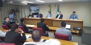 Frente lança manual da regularização fundiária urbana