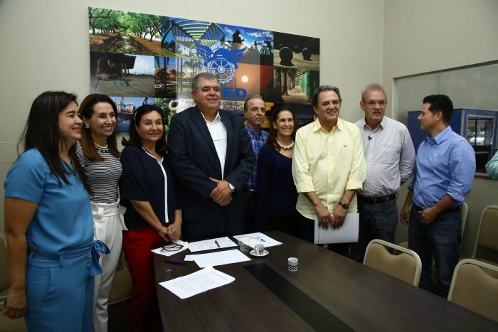 Aced recebeu autoridades para reunião sobre o Hospital de Câncer de Barretos. (Foto: A.Frota).