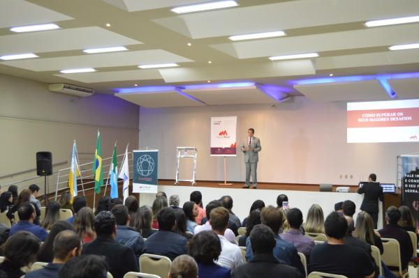 Jamil Albuquerque, presidente da Master Mind, minsitrou palestra na Aced. (Foto: Divulgação).