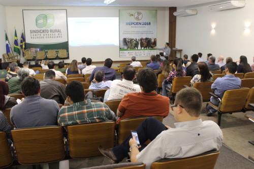 Pesquisador Porto-Neto em palestra na 2 edição do REPGEN. (Foto: Dalízia Aguiar).