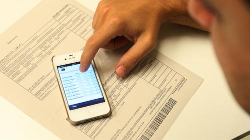 Se você se interesse por essa forma de pagamento do boleto vencido, entre em contato com o banco para solicitar o serviço. (Foto: Divulgação).