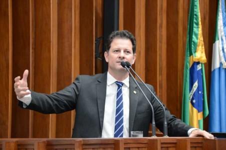 Deputado também cobrou do secretário o aumento dos repasses à Dourados, devido à sua importância e abrangência no atendimento à saúde