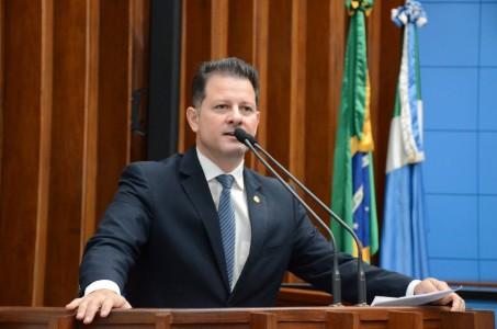 Renato Câmara fechou os trabalhos do primeiro semestre na Assembleia Legislativa como um dos deputados mais atuantes; foram apresentados seis novos projetos de lei, 160 indicações, 94 moções e 23 requerimentos