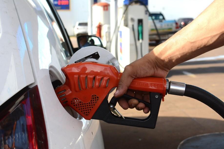 etanol-gasolina-ar-arquivo